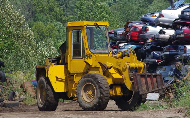 Huron Auto Wreckers towing service